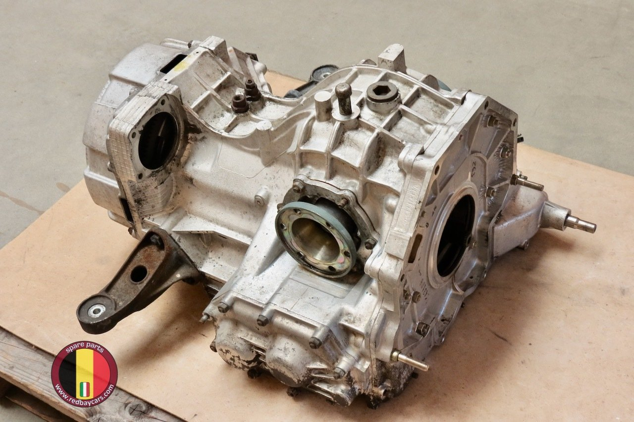 Ferrari_Mondial_34T_Gearbox_with_Clutch_Complete_1