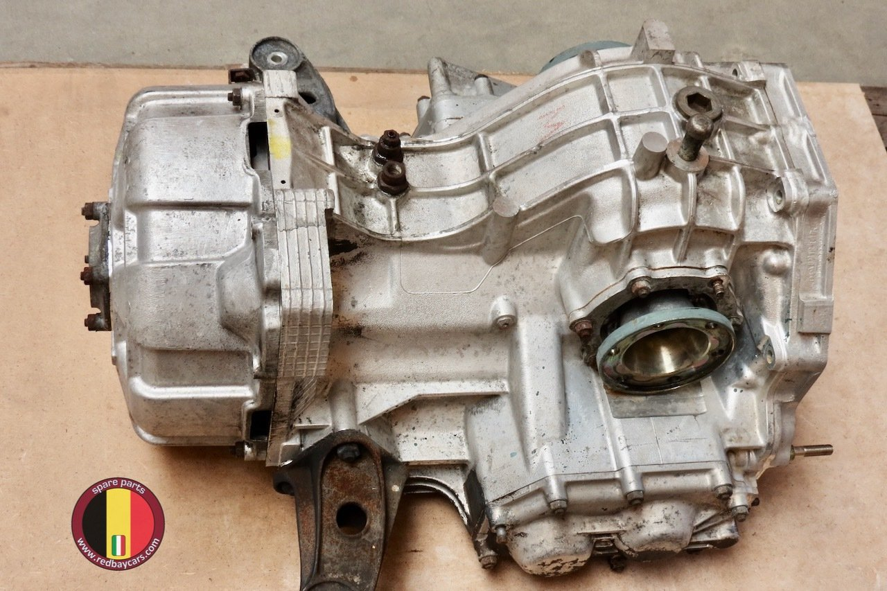 Ferrari_Mondial_34T_Gearbox_with_Clutch_Complete_2