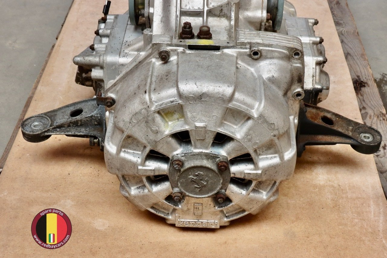 Ferrari_Mondial_34T_Gearbox_with_Clutch_Complete_3