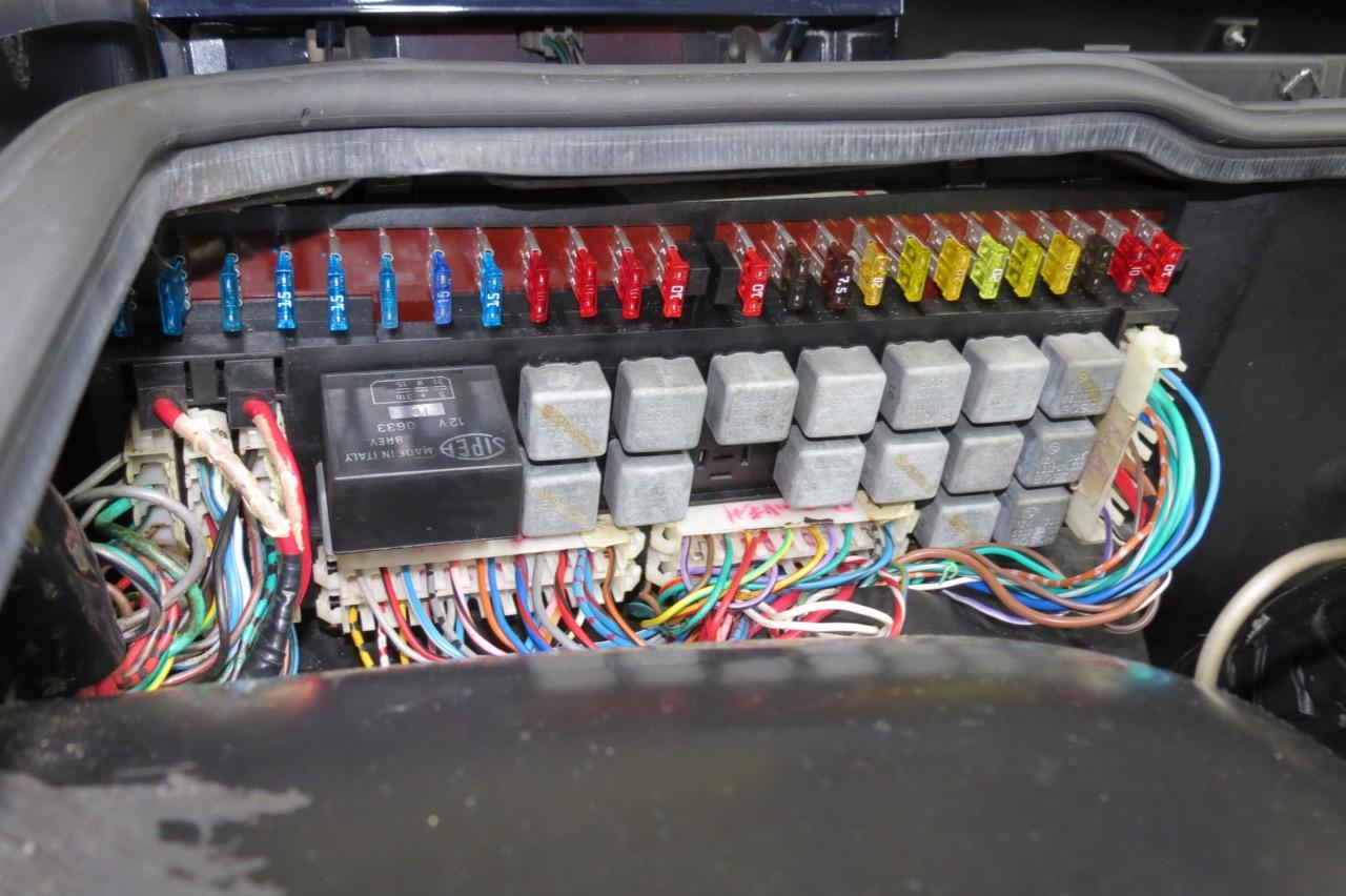 Pleasant Ferrari Fuse Box Wiring Diagram Wiring Cloud Pimpapsuggs Outletorg