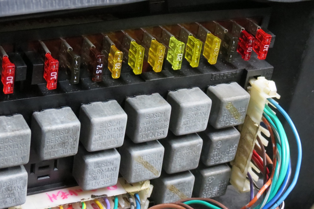 Ferrari Parts 308 Fuse Box Price Excluding Vat And Shipping Cost